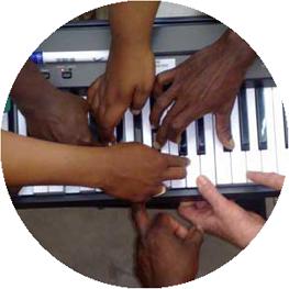 hands-on-keys02